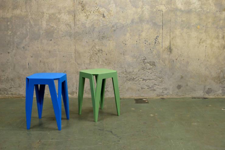 Salones de estilo moderno de Kaspar Eisenmeier