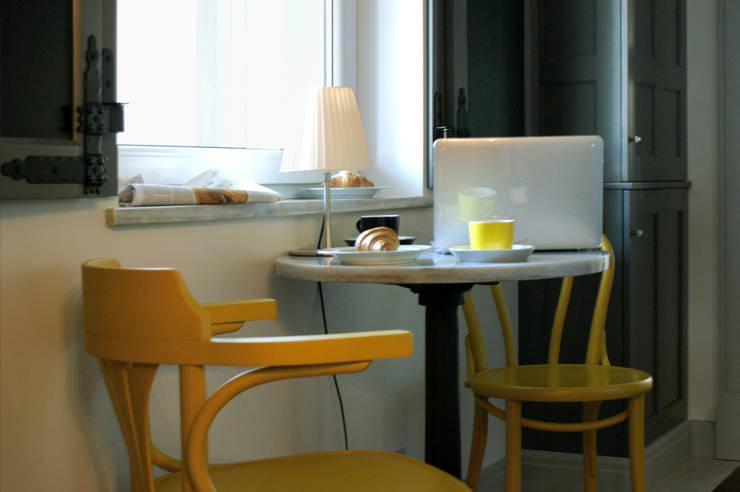 Cozinhas  por Pracownia Projektowa Pe2