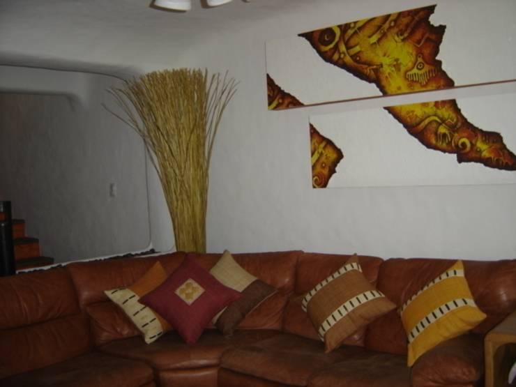 Sala Interior: Salas de estilo  por Cenquizqui