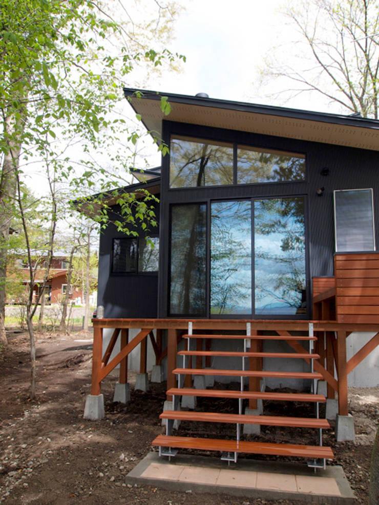 南面の外観: 大庭建築設計事務所が手掛けた家です。