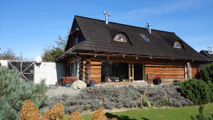 dom na Chełmie _ 1: styl , w kategorii  zaprojektowany przez DOMY GORALSKIE