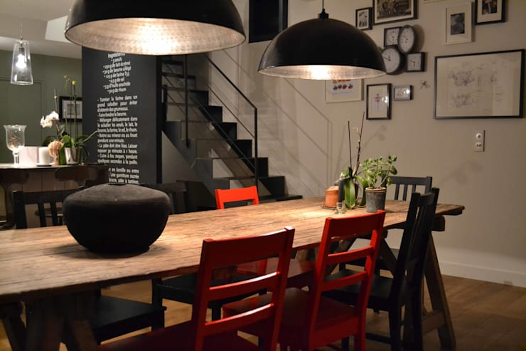 industrial Dining room by Courants Libres