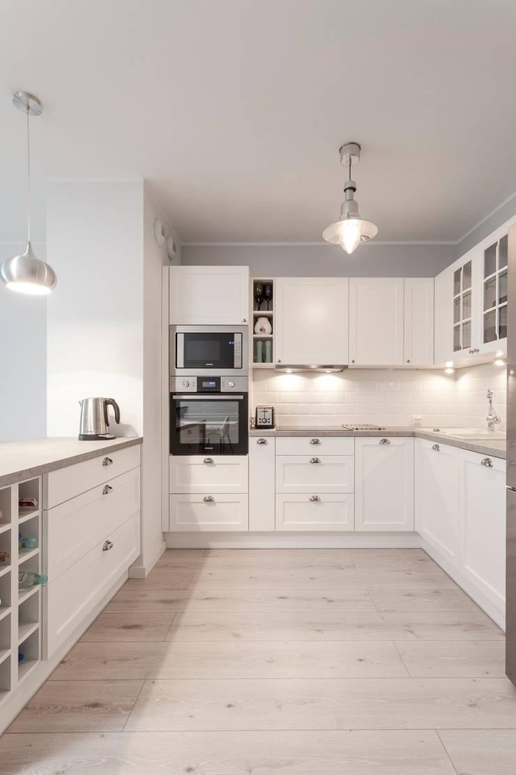 Kuchnia: styl , w kategorii Kuchnia zaprojektowany przez KODO projekty i realizacje wnętrz