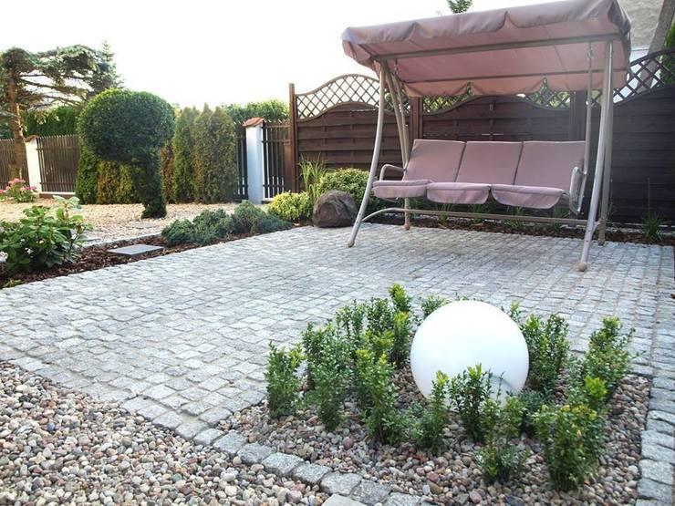 Patio : styl , w kategorii Ogród zaprojektowany przez Green Decor