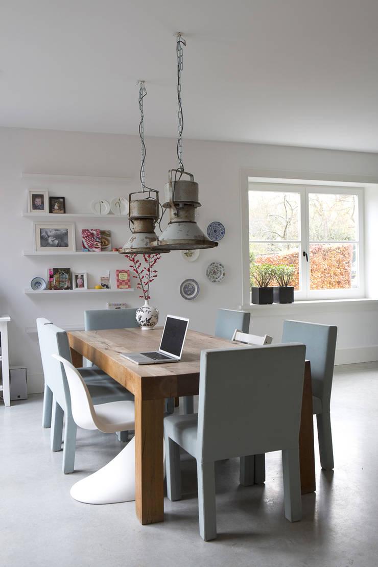 eettafel:  Keuken door Boks architectuur