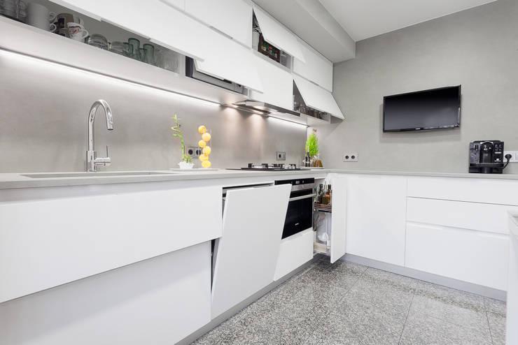 Vistas cocinas: Cocinas de estilo  de FORTTA by Germans Tauleria.