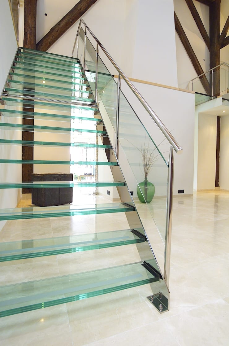 Straight Stairs Glass TRE073: modern  door EeStairs | Stairs and balustrades, Modern Glas