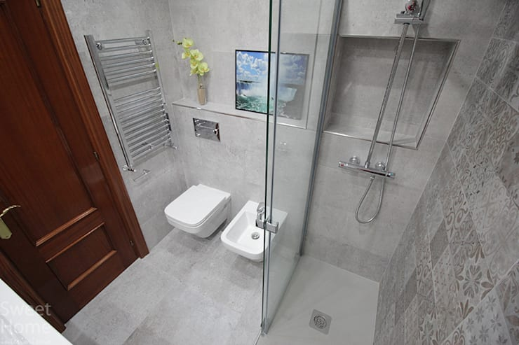 Baño en Sarriko, Bilbao: Baños de estilo  de Sweet Home Interiorismo