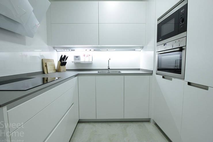Vivienda en Santutxu, Bilbao: Cocinas de estilo  de Sweet Home Interiorismo