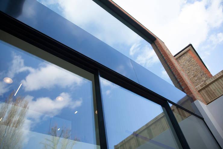Richmond, London:  Windows  by Maxlight