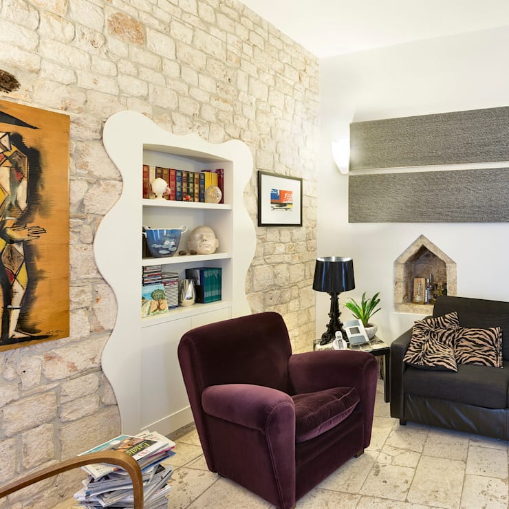 CASA BL CONVERSANO BARI: Sala multimediale in stile  di Studio Bugna