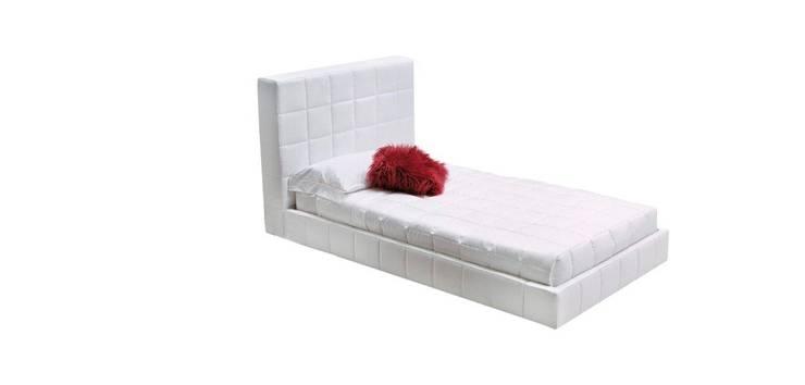 Кровать Berkint: Спальная комната  в . Автор – DGHome