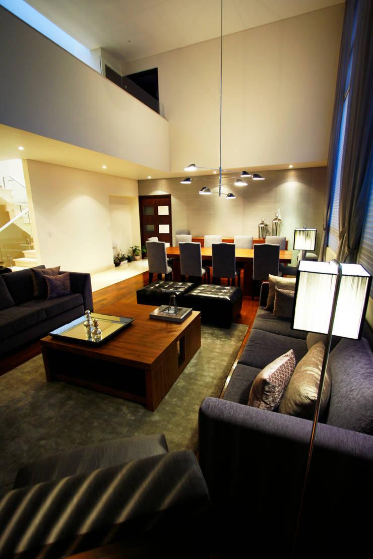 Casa Tecamachalco: Salas de estilo  por Concepto Taller de Arquitectura