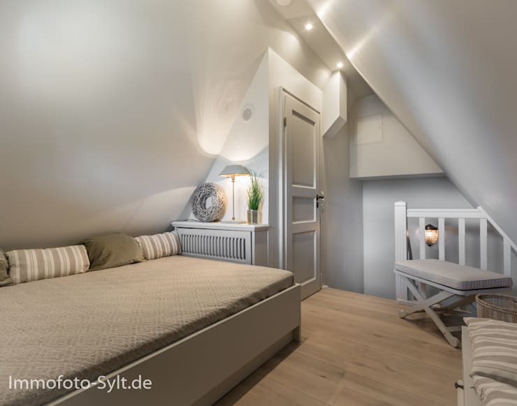 Спальни в . Автор – Immofoto-Sylt