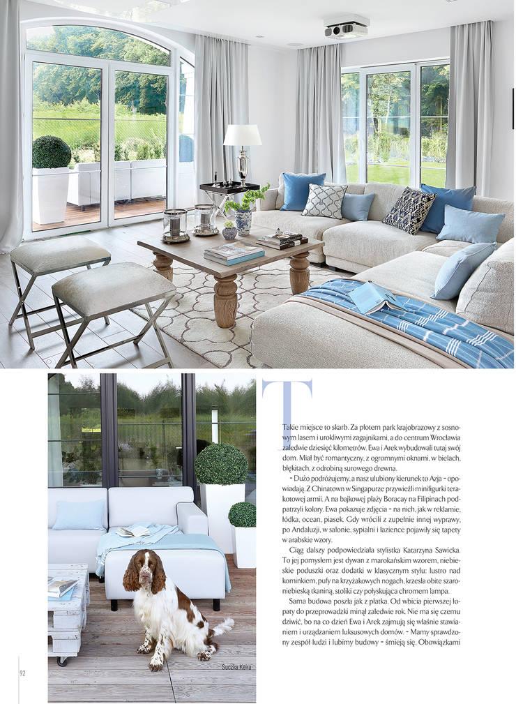 Romantyczne błękity: styl , w kategorii  zaprojektowany przez EVOLUXURY DESIGN