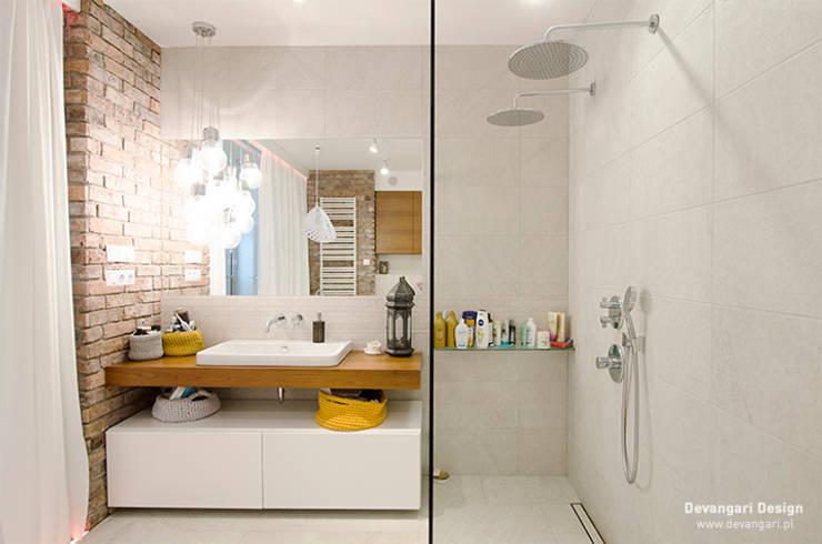 Mieszkanie Wilanów: styl , w kategorii Łazienka zaprojektowany przez Devangari Design