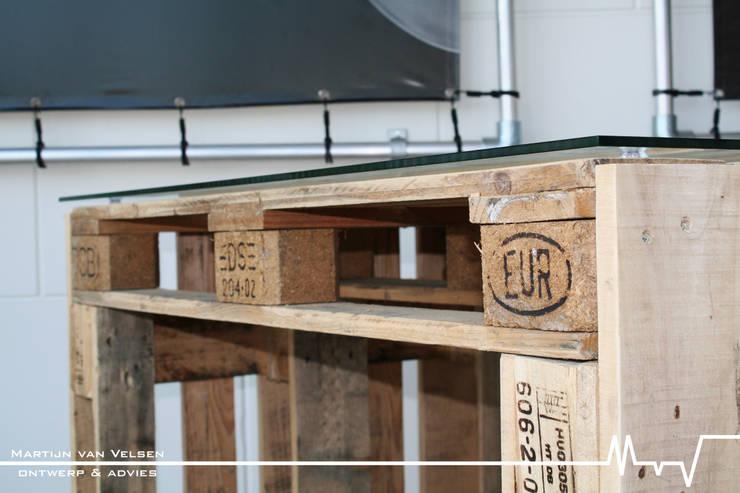 Studio in stile in stile Industriale di Meubelen van pallets