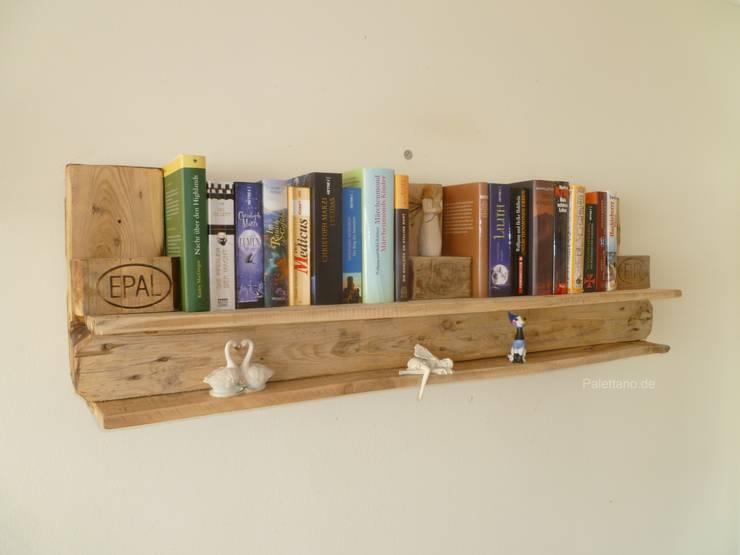 Bücherregal:  Wohnzimmer von Palettano