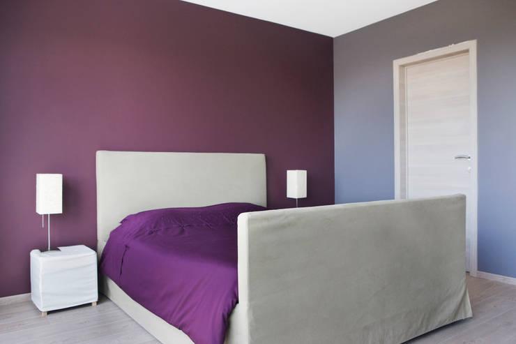 Projekty,  Sypialnia zaprojektowane przez DATAscs