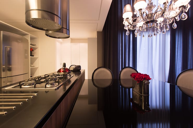 Apartamento M|R: Salas de jantar  por Lodo Barana Arquitetura e Interiores