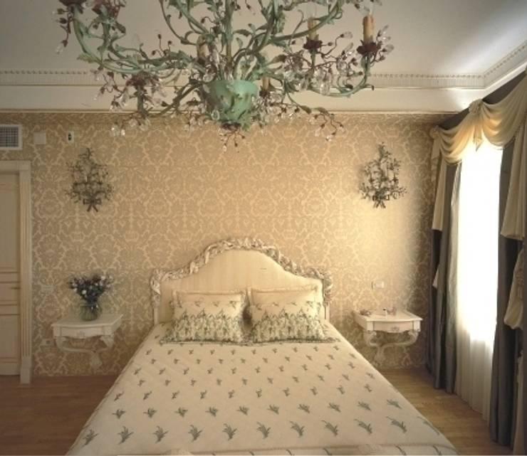 Дом на берегу моря: Спальни в . Автор – Prosperity, Классический