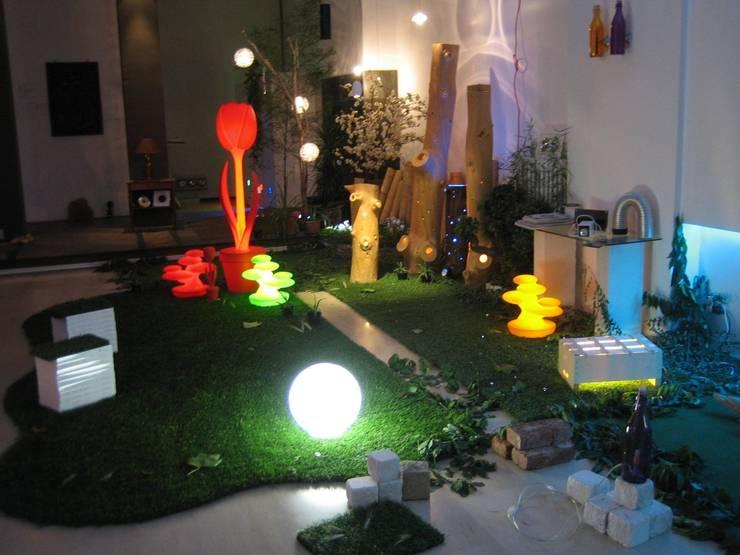 Giardino & Hortus d'inverno - Lighting and Greening: Giardino d'inverno in stile in stile Eclettico di Romano Baratta Lighting Studio