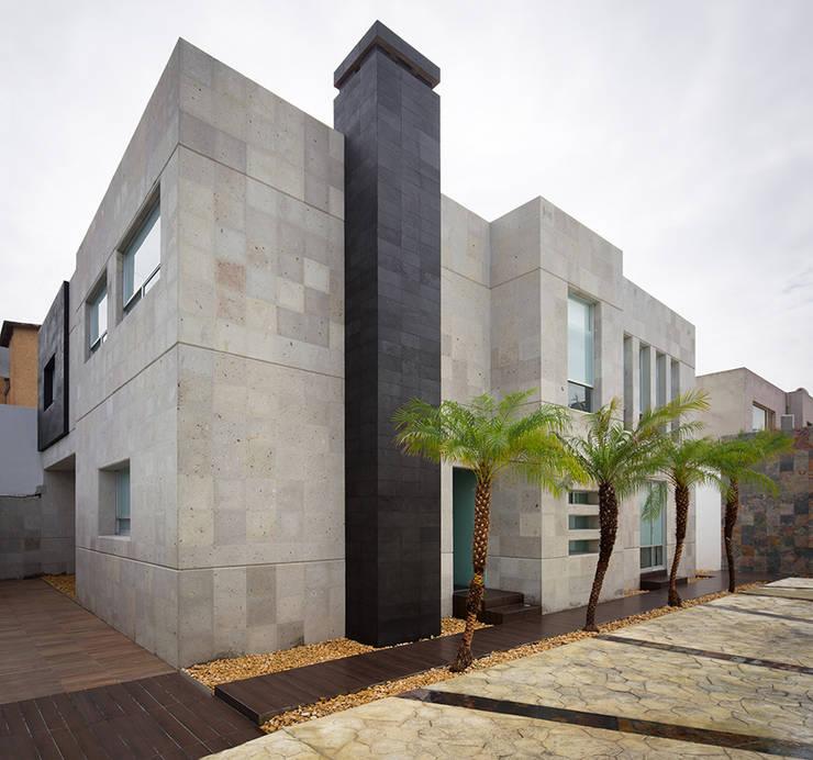 OFICINAS CLC: Casas de estilo  por Micheas Arquitectos
