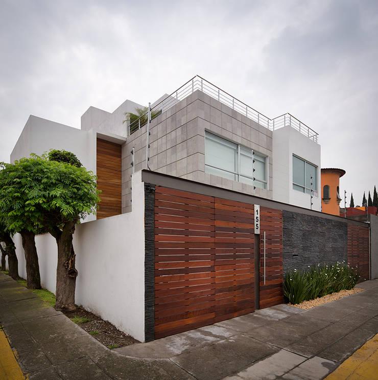 Valencia - Micheas Arquitectos: Casas de estilo  por MICHEAS ARQUITECTOS