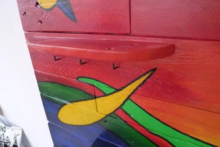 Garderobe Aus Palettenholz Im Kandinskystyle Von Design Art Solar