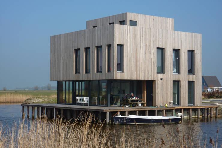 Woning te Leeuwarden: moderne Huizen door Dorenbos Architekten bv