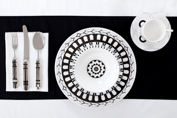 Nouveau Tudor Dinnerware:  Dining room by Castara Designs Ltd