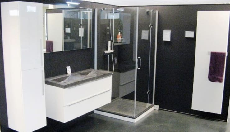 Bathroom by roko, Modern