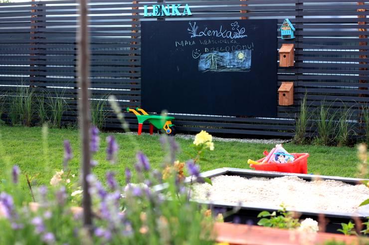 Miejskie Ziele: klasik tarz tarz Bahçe