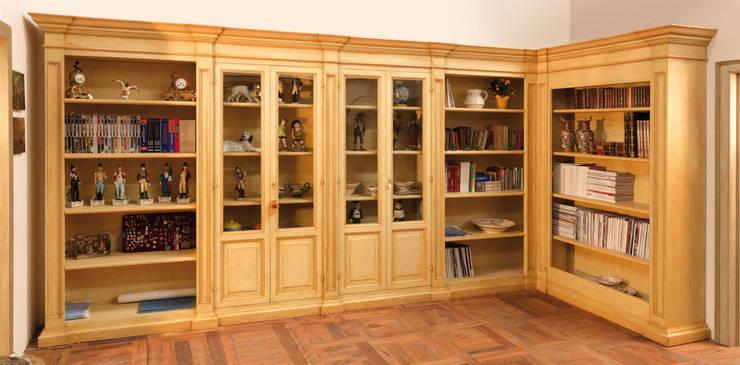Living room by Porte del Passato