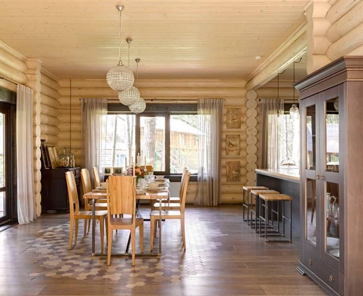 Salas de jantar rústicas por Lavka-design дизайн бюро