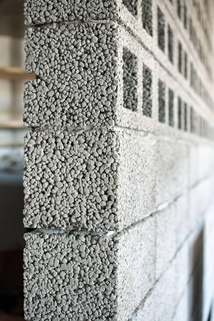 Интерьер AK: Стены в . Автор – INT2architecture