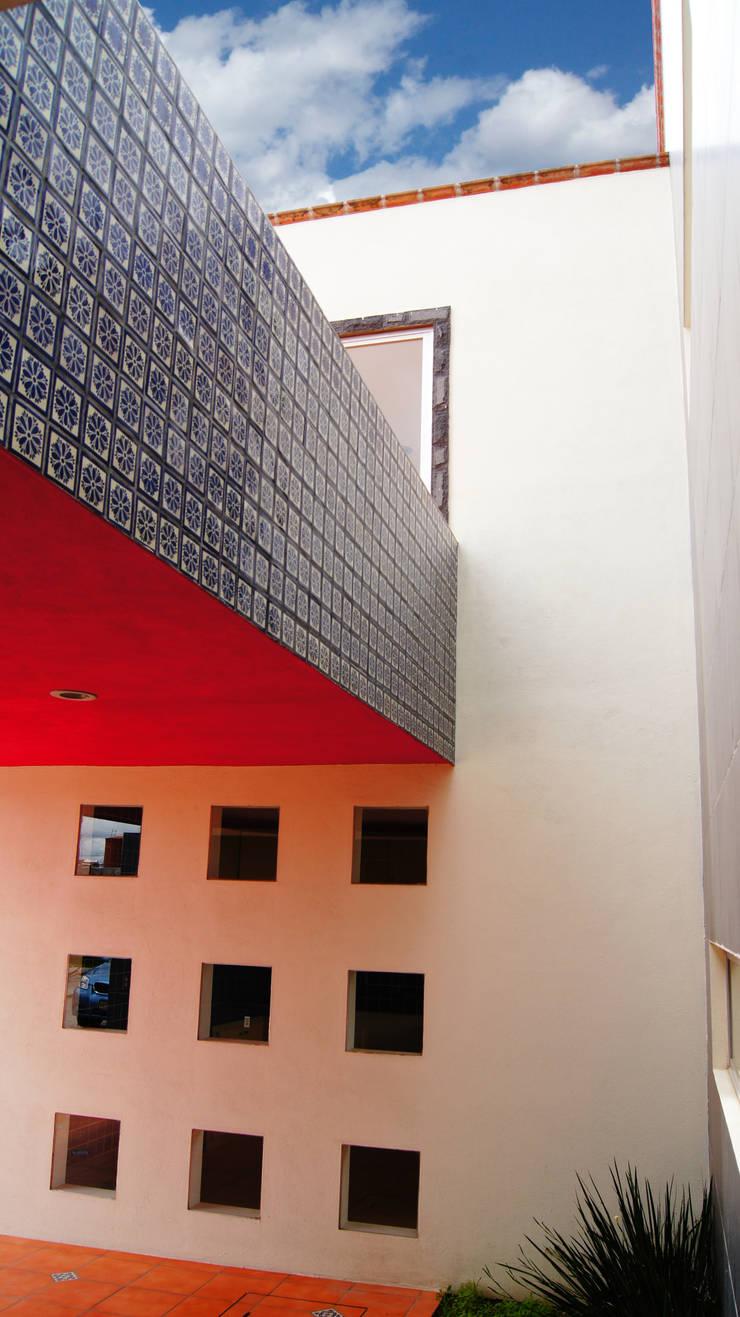 Casa Cuayantla: Casas de estilo  por Itech Kali