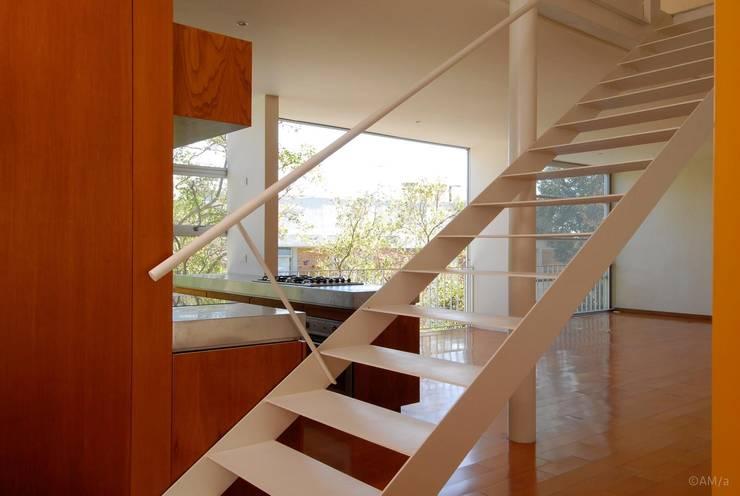 Küche von Alvaro Moragrega / arquitecto, Industrial