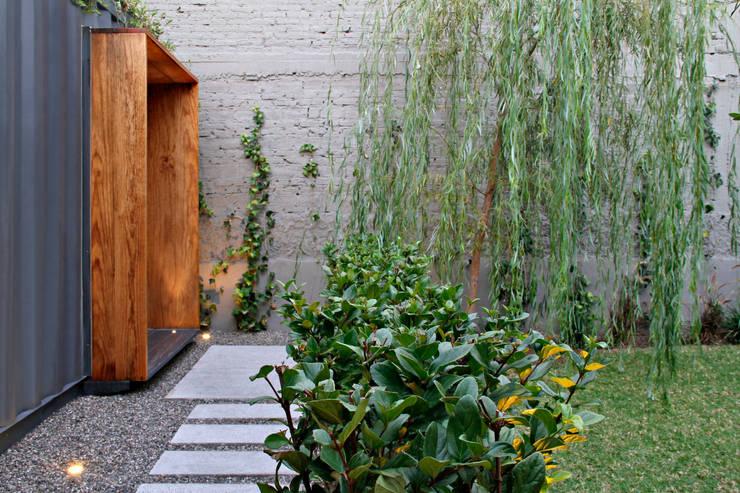 CON (tenedor): Restaurantes de estilo  por Alvaro Moragrega / arquitecto
