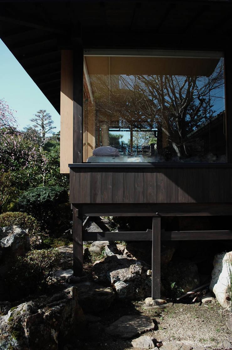 岩田坂の増築: ELEPHANTdesignが手掛けた家です。,和風