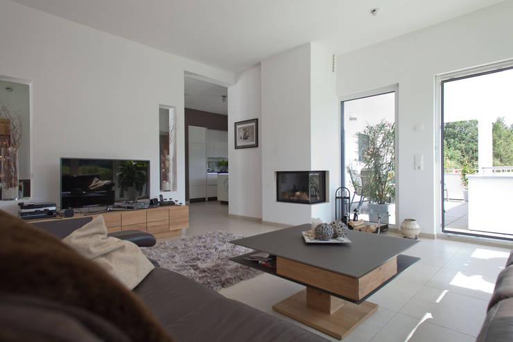Projekty,  Salon zaprojektowane przez ELK Fertighaus GmbH