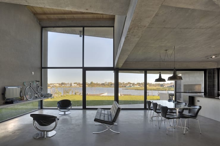 Ruben Valdemarin Arquitecto: modern tarz Oturma Odası