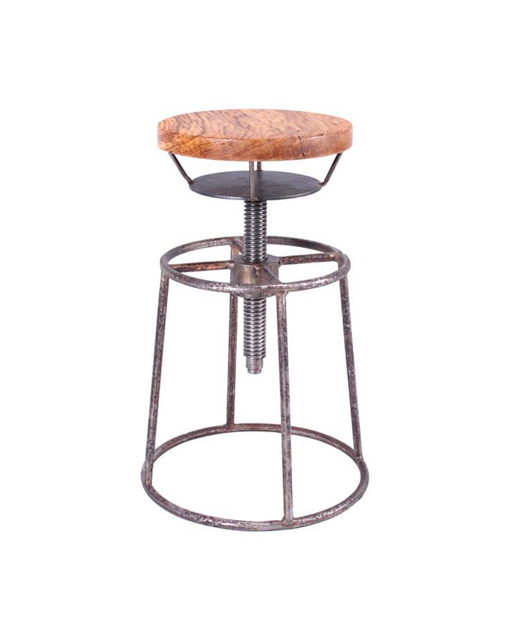 Hoker Stalowe Pręty- Drewno : styl , w kategorii Bary i kluby zaprojektowany przez Rekoforma,Industrialny