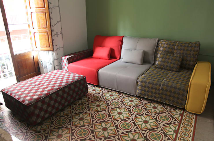 Sofá Colore: Salones de estilo  de SOFFING