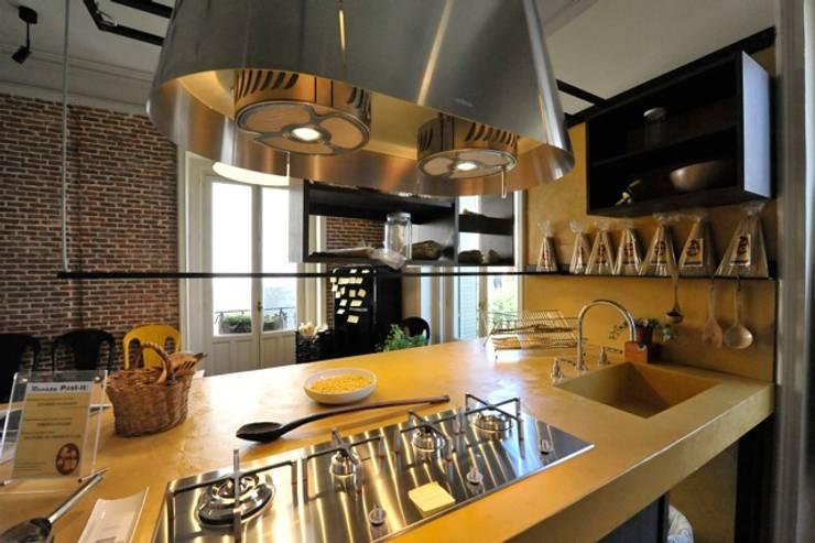Cozinhas industriais por  Simona Garufi