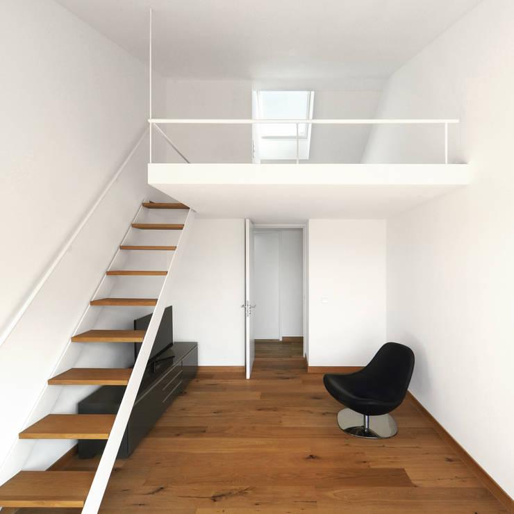 Спальни в . Автор – Carlos Zwick Architekten