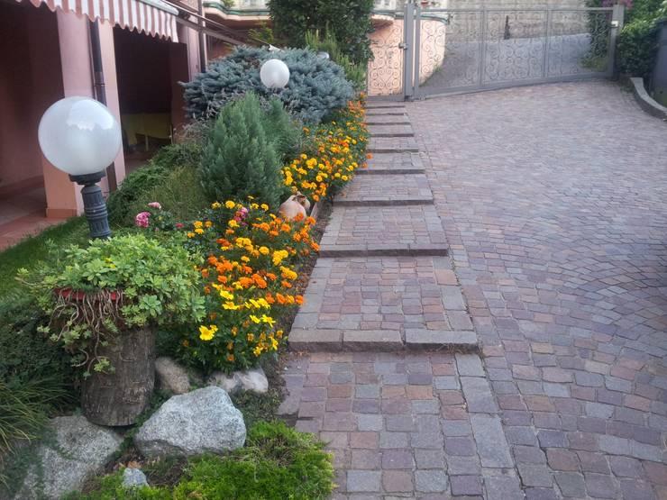 Jardín de estilo  por MARA GAGLIARDI 'INTERIOR DESIGNER'