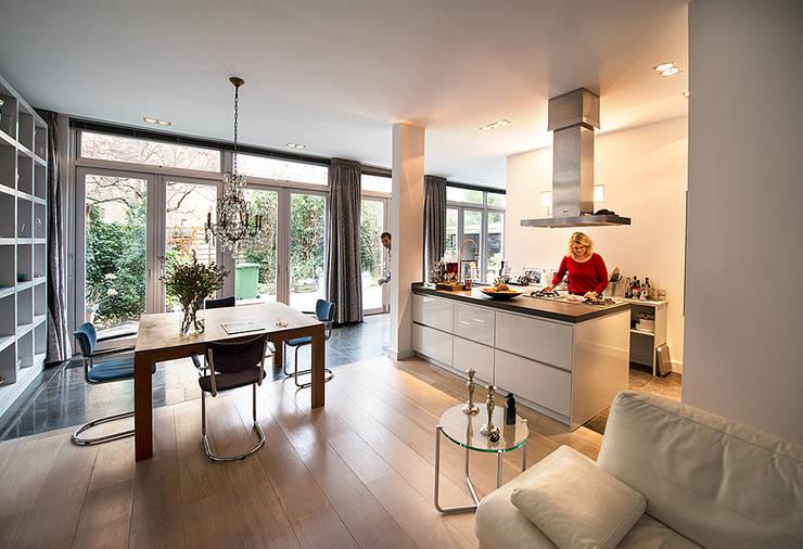 Prins Hendrikstraat:  Keuken door De Werff Architectuur