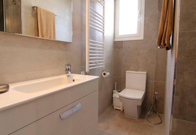 La casa de Maga: Baños de estilo  de Silvia R. Mallafré