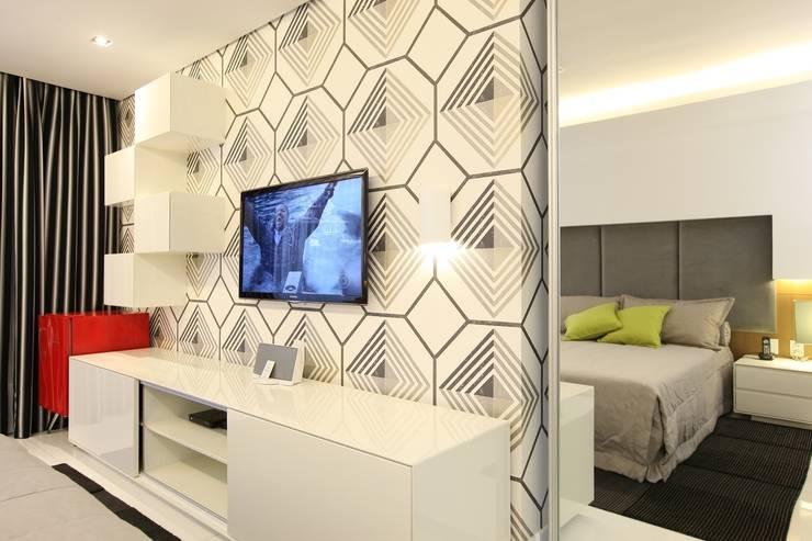 Edifício Jardim Atlântico : Quartos  por Rodrigo Maia Arquitetura + Design